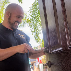 Home Owner Association Clubs and Communities Locksmith in Naples, Florida - A Locksmith Naples